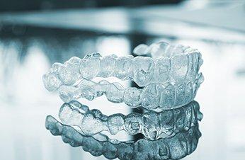 ortodoncia-invisible-campo-de-gibraltar-uniclinic