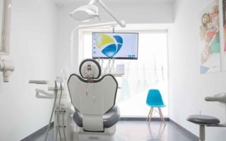 odontologo-algeciras-la-linea-uniclinic-5